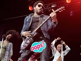 Lenny Kravitz déchire pantalon et on voit tout