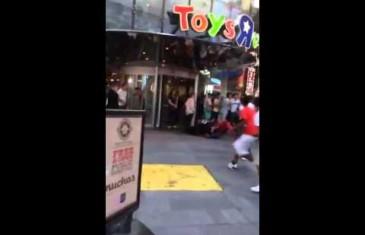 Spider-Man se bat pour VRAI à New York