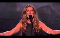 Céline Dion chante l'Hymne à l'amour au American Music Awards