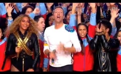 L'incroyable show de la mi-temps du Super Bowl avec Coldplay, Beyoncé et Bruno Mars