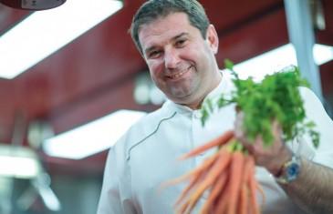Le chef Jérôme Ferrer organise un super lancement pour ses 2 nouveaux camions de cuisine de rue à Montréal