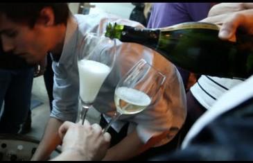 155 Fahrenheit: le premier restaurant burgers et bulles à Montréal
