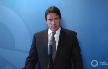 PKP quitte la politique et le Parti Québécois: son discours émouvant en vidéo