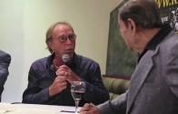 Michel Beaudry imite Régis Lévesque au lancement de son livre