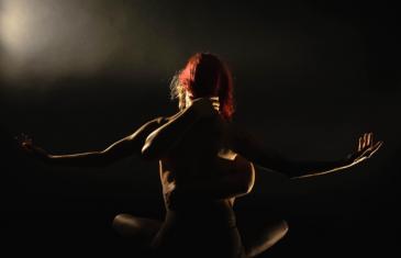 Les Ballets Jazz de Montréal présentent un nouveau spectacle inspiré par les oeuvres de Lenoard Cohen