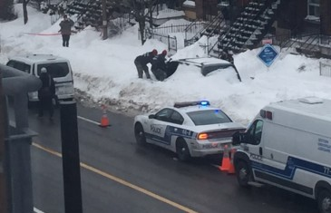 Un corps retrouvé dans un véhicule ensevelit de neige à Rosemont