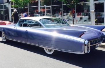 Les superbes voitures au centre-ville de Saint-Lambert