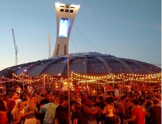 Cet été les dimanches soirs ça se passe sur l'Esplanade Sun Life du Parc olympique