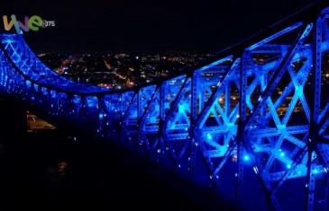 Illumination du Pont Jacques-Cartier en musique et images