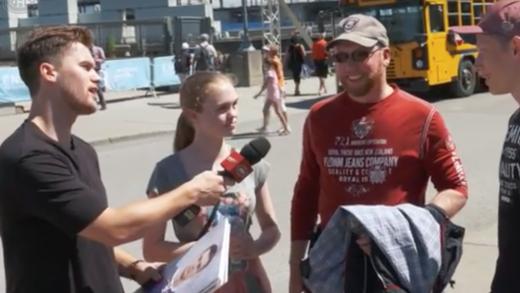 Jonathan Drouin à la rencontre des fans dans le Vieux-Port de Montréal   VIDÉO