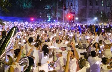 5 500 personnes assistent à la 9ième édition du Dîner en Blanc à Montréal | Photos