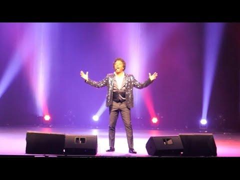 Première de Anthony Kavanagh à Montréal | Vidéo