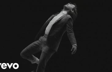 Le garçon triste: le magnifique nouveau videoclip d'Isabelle Boulay qui part en tournée partout au Québec