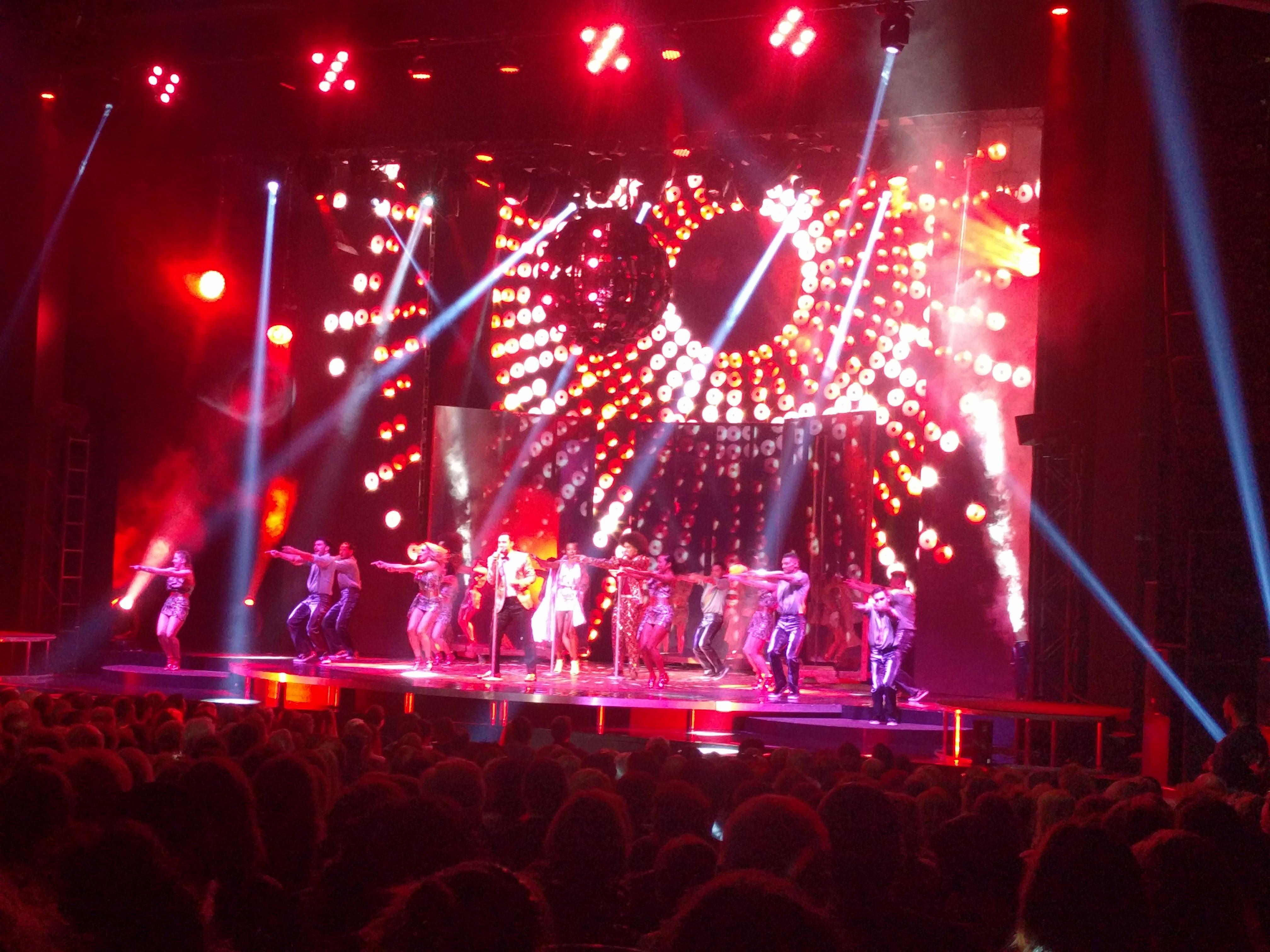 Saturday Night Fever à Montréal: un spectacle électrisant à voir absolument