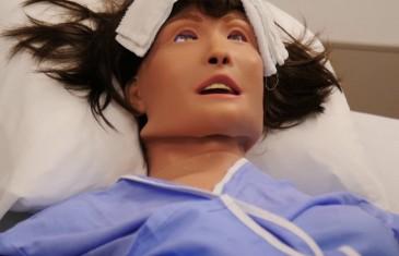 Vidéo | Des simulateurs patients haute-fidélité pour les étudiants en soins infirmiers