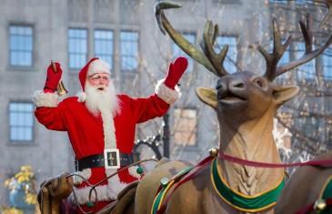 Le Défilé du Père Noël a lieu ce samedi au centre-ville de Montréal