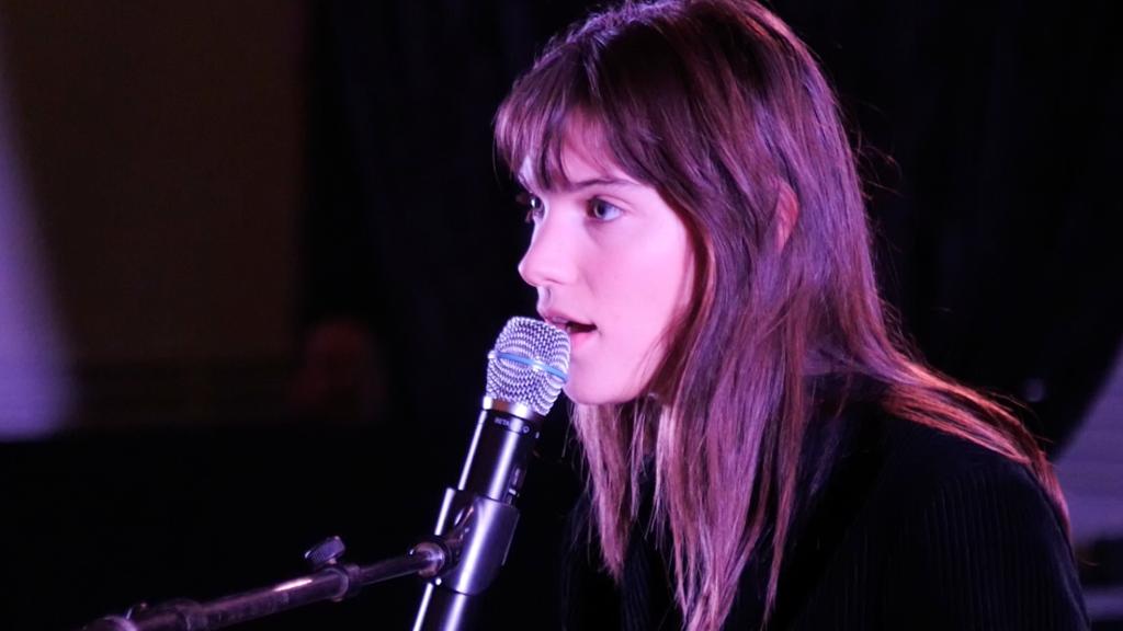 Vidéo | La soirée Accords Célestes avec la chanteuse Charlotte Cardin au Salon 1861