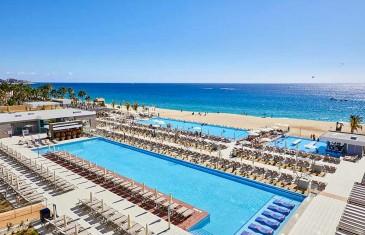 Photos | La chaîne RIU ouvre un nouveau RIU Palace à Los Cabos