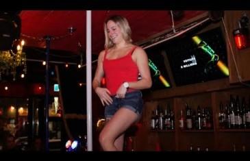 Vidéo | Découvre l'unique et nouveau bar sportif Chez Serge à Montréal