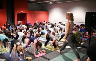 La troisième édition de Expo Yoga a lieu ce week-end au Palais des congrès