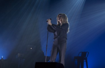 Photos | Tapis rouge et lancement du nouvel album de Lara Fabian à Montréal
