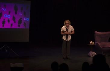 Photos | Première du nouveau spectacle de l'humoriste Alex Perron
