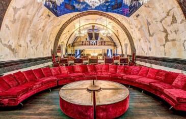 Tu peux louer ce CHÂTEAU dans le Vieux-Montréal sur Airbnb | Photos