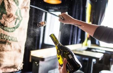 La Champagnerie change de nom et devient la Maison Saint-Paul dans le Vieux-Montréal