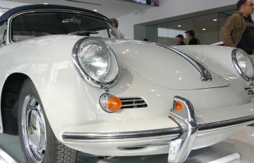 Reportage vidéo | Porsche Lauzon devient partenaire de Porsche Classic Canada et inaugure son Classic Corner