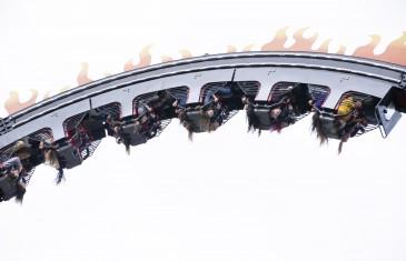 Photos | Tapis rouge pour l'ouverture de La Ronde et son nouveau manège CHAOS