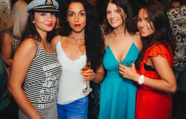 Les photos de l'ouverture suave et sexy du restaurant français Licence IV dans le Vieux-Montréal