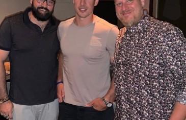 Sidney Crosby passe sa soirée de dimanche dans un restaurant du Vieux-Montréal