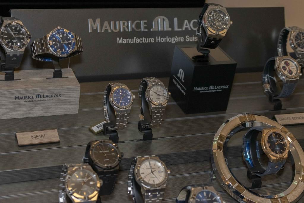 salon-horloge-128
