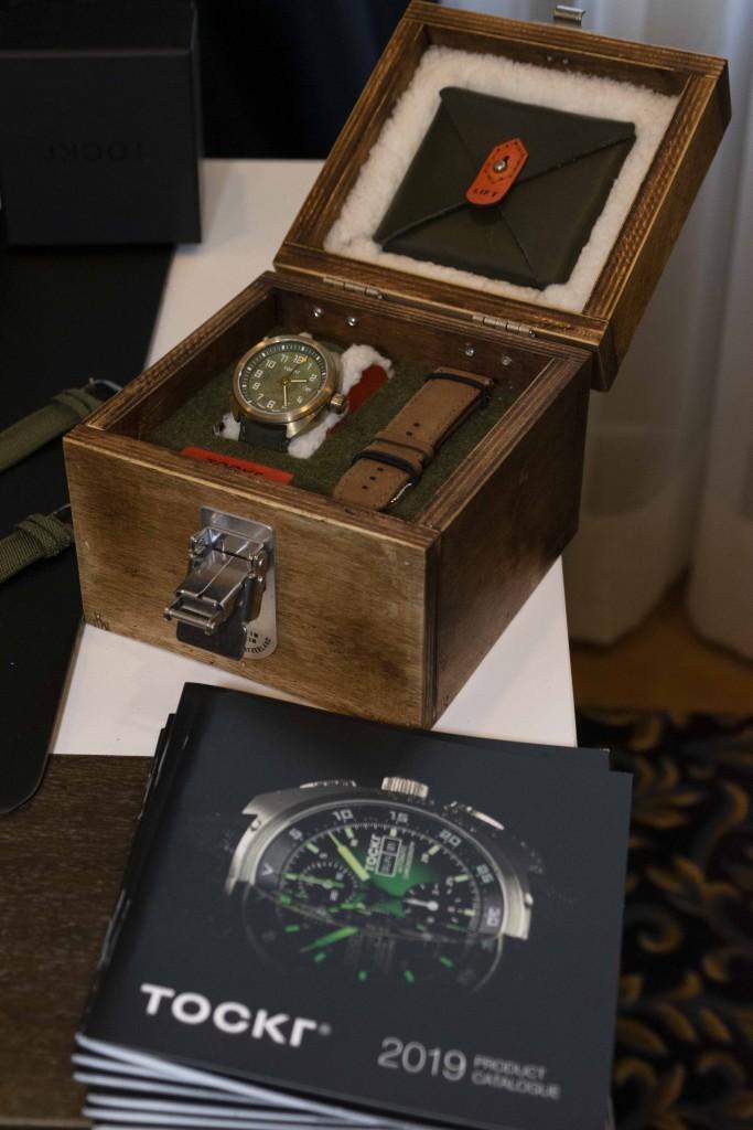 salon-horloge-137