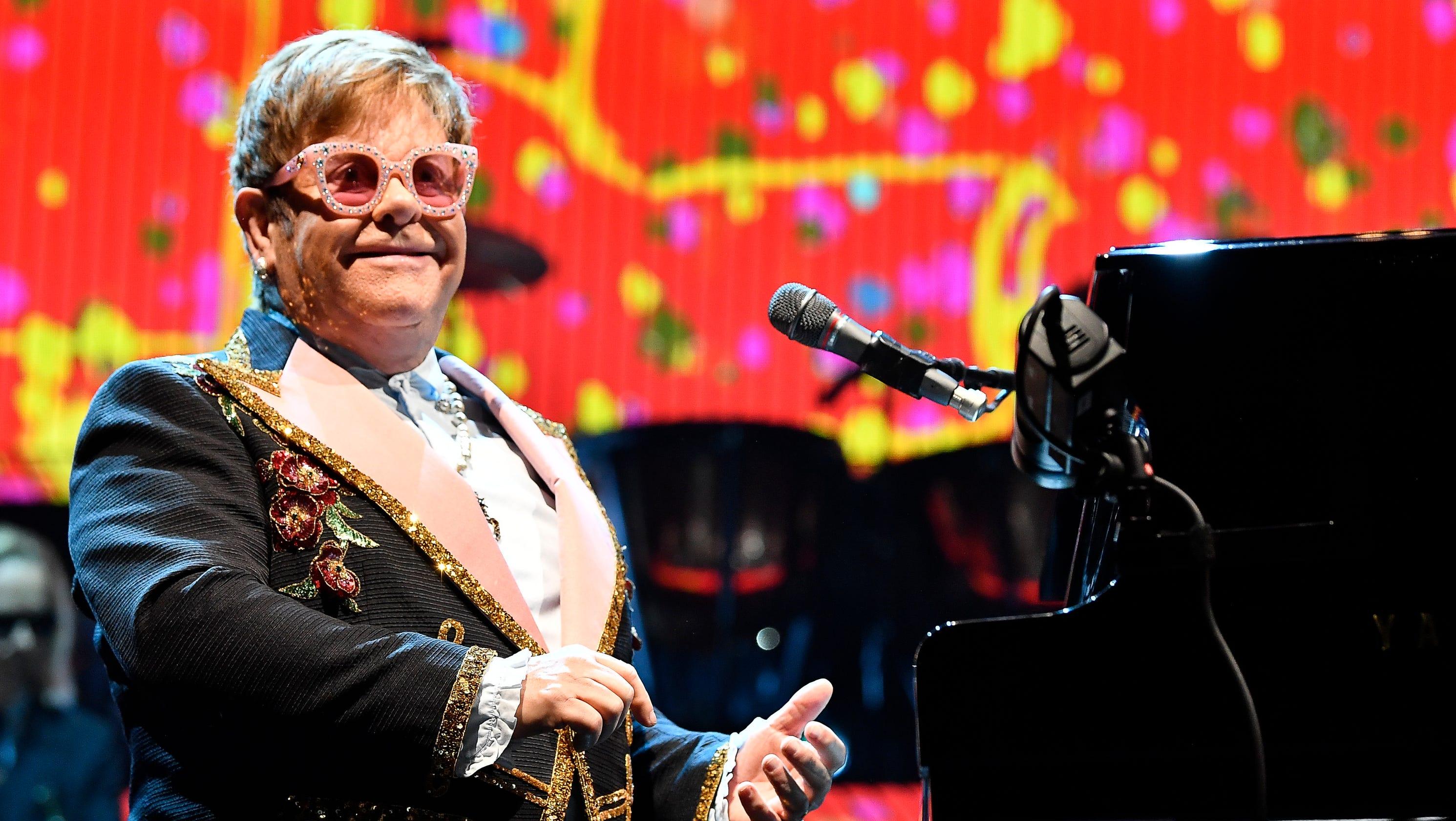 Elton John présentera deux spectacles au Centre Bell au mois d'avril