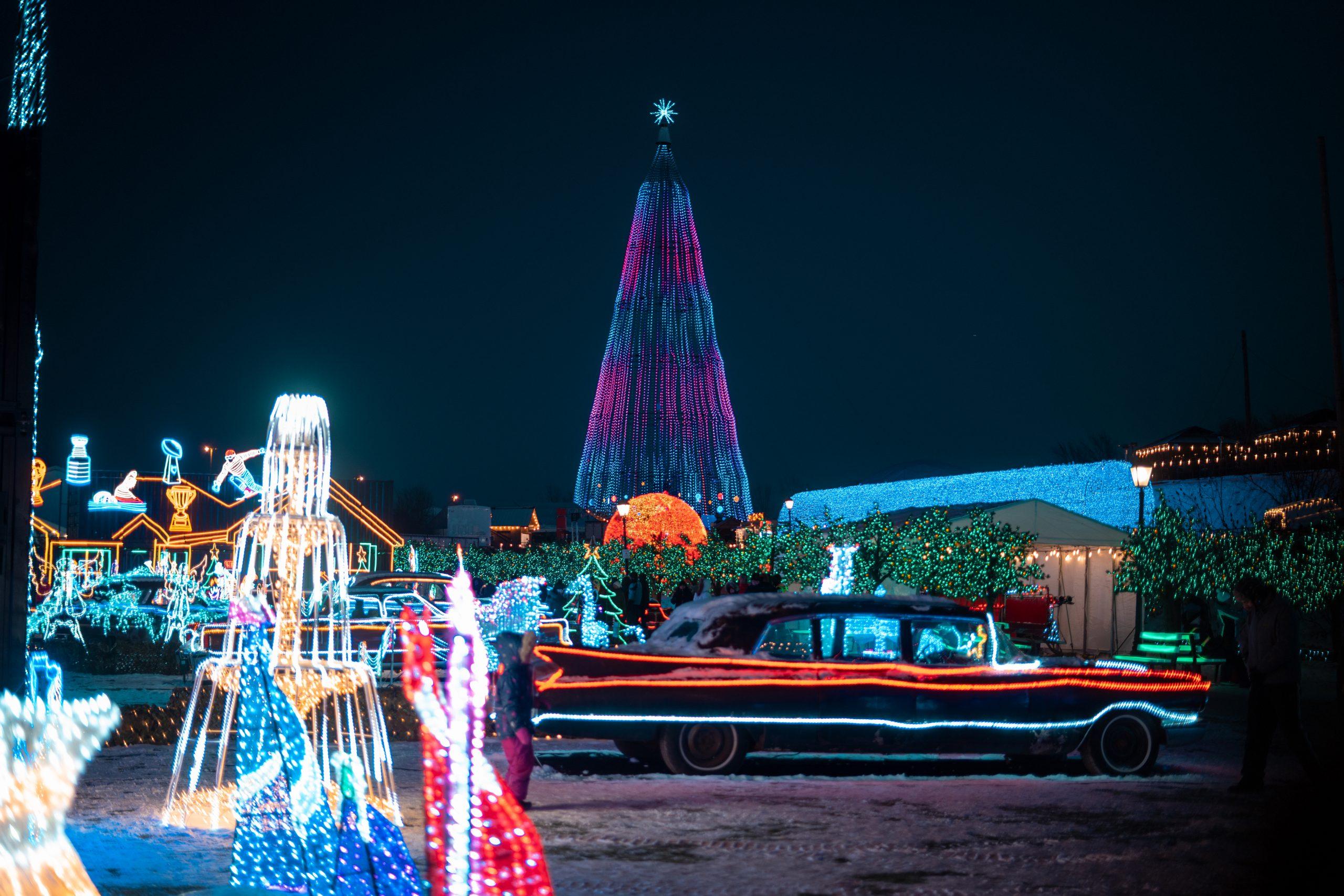 4-illumi-feerie-de-lumieres-en-voiture-illumi-a-drive-through-world-of-lights-scaled