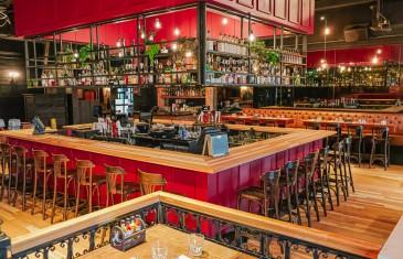 Le Jack Saloon DIX30 célèbre son 7ième anniversaire avec un tout nouveau décor