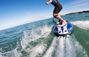 Ecosurf: la planche de surf électrique arrive au Québec