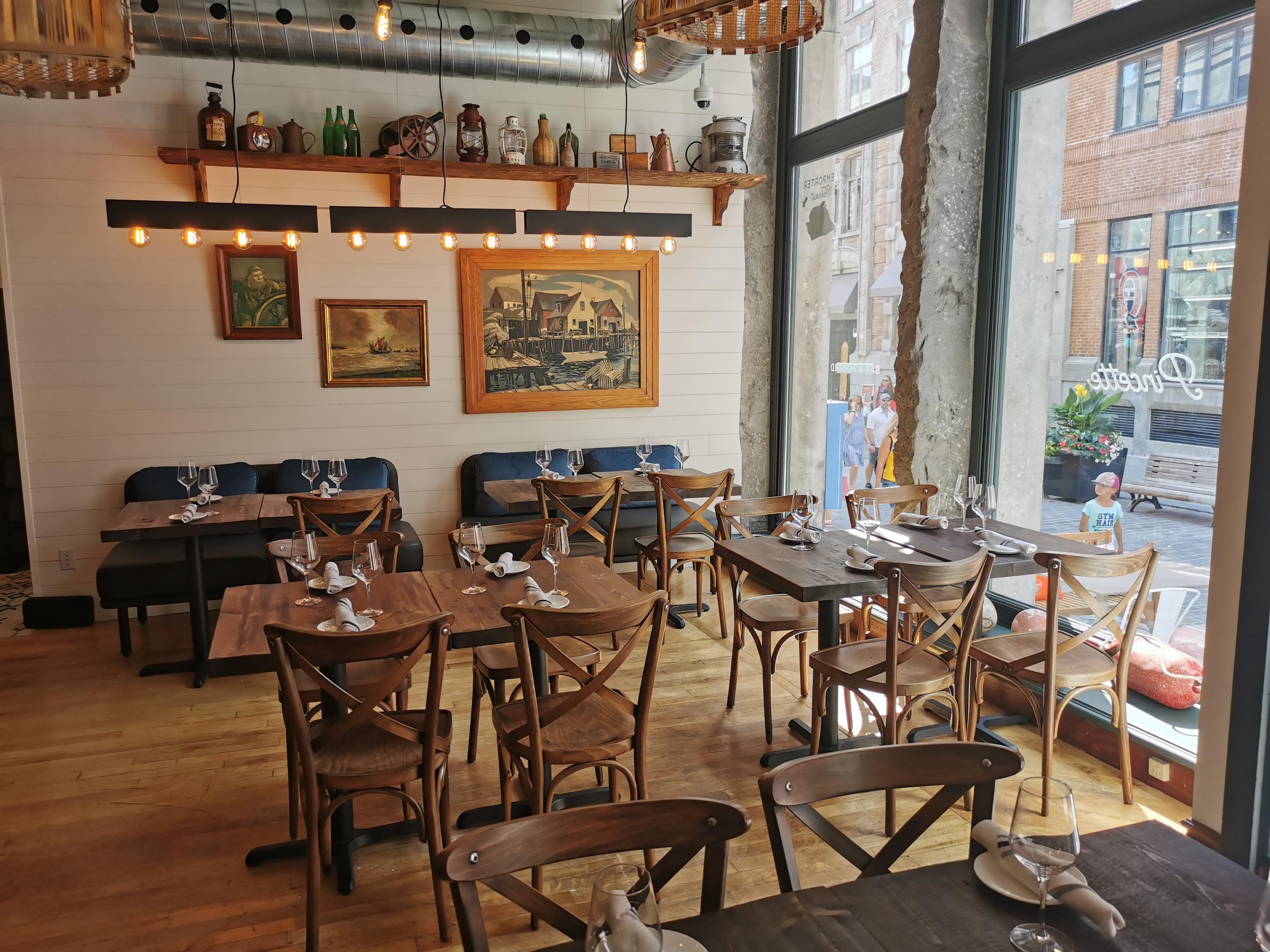 Pincette: le nouveau bar à homard dans le Vieux-Montréal